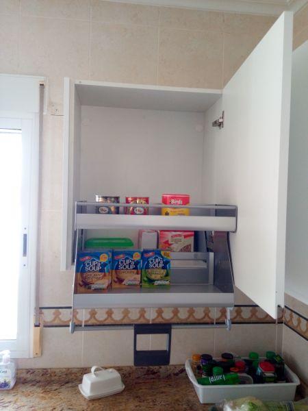 Cocinas a medida muebles de cocina cocinas baratas - Armario esquinero cocina ...