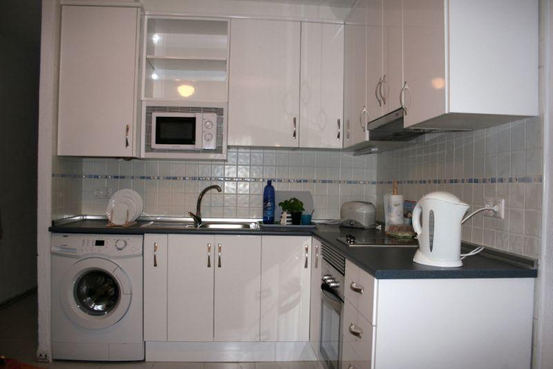 Cocinas a medida muebles de cocina cocinas baratas - Reformas de cocinas baratas ...