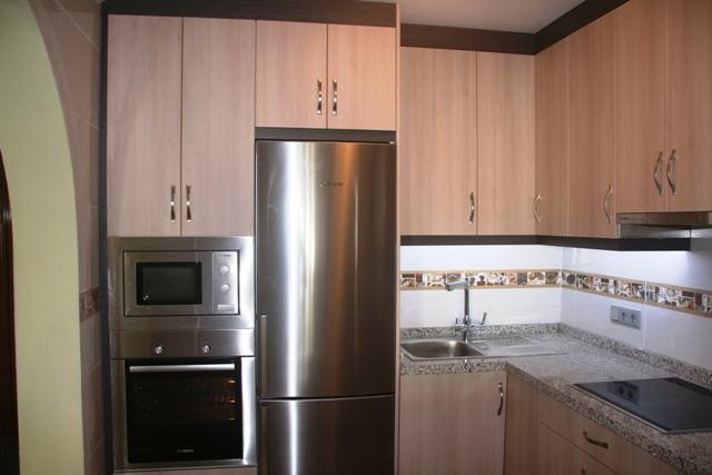 Cocinas a medida muebles de cocina cocinas baratas for Precio de cocinas baratas