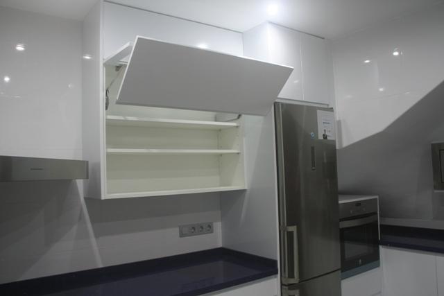 Cocinas a medida muebles de cocina cocinas baratas for Cocinas sin muebles arriba