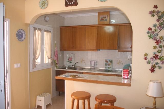 Cocinas a medida muebles de cocina cocinas baratas for Puertas para interiores baratas